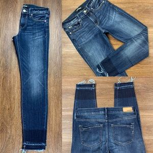 NWOT EXPRESS MID RISE FRAYED ANKLE LEGGING JEANS